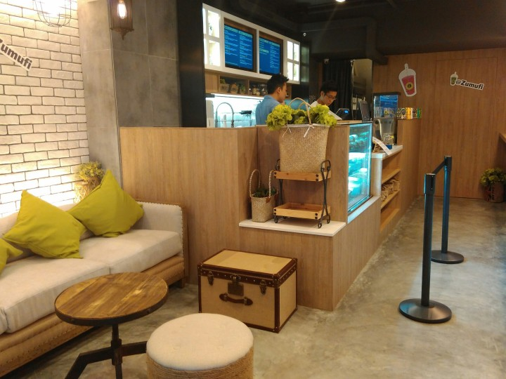 Zumufi Hong Kong seating area