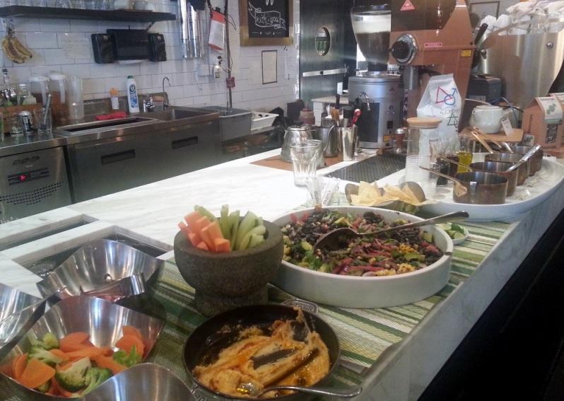 Mano Cafe Salad Hong Kong_132800