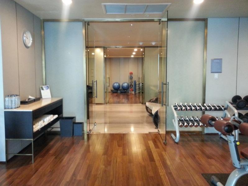 Healthy Hong Kong Siam Kempinski Bangkok Gym 20151114_095056